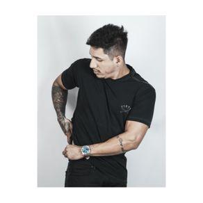 Camiseta-Regular-Fortu-Preta-Lamina-SV-1_000870_1